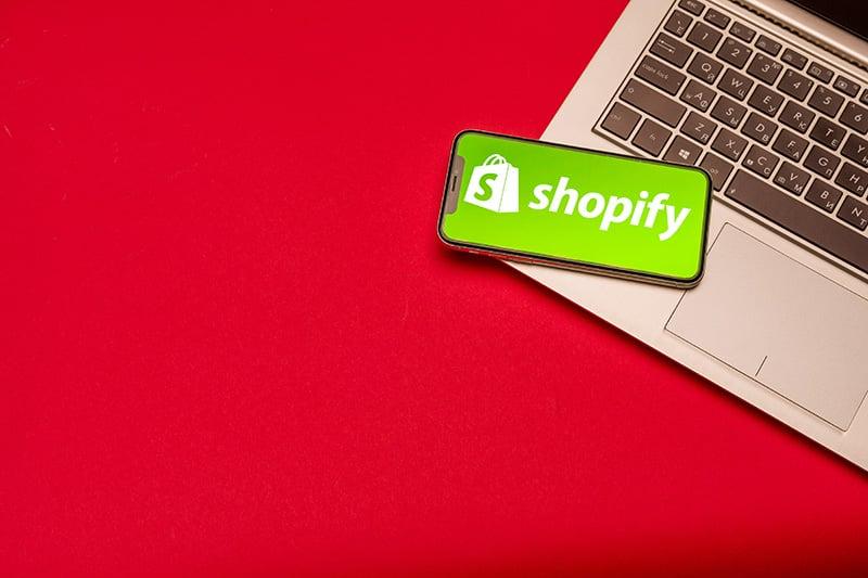 【独自調査】Shopify決済手段比較表つくりました